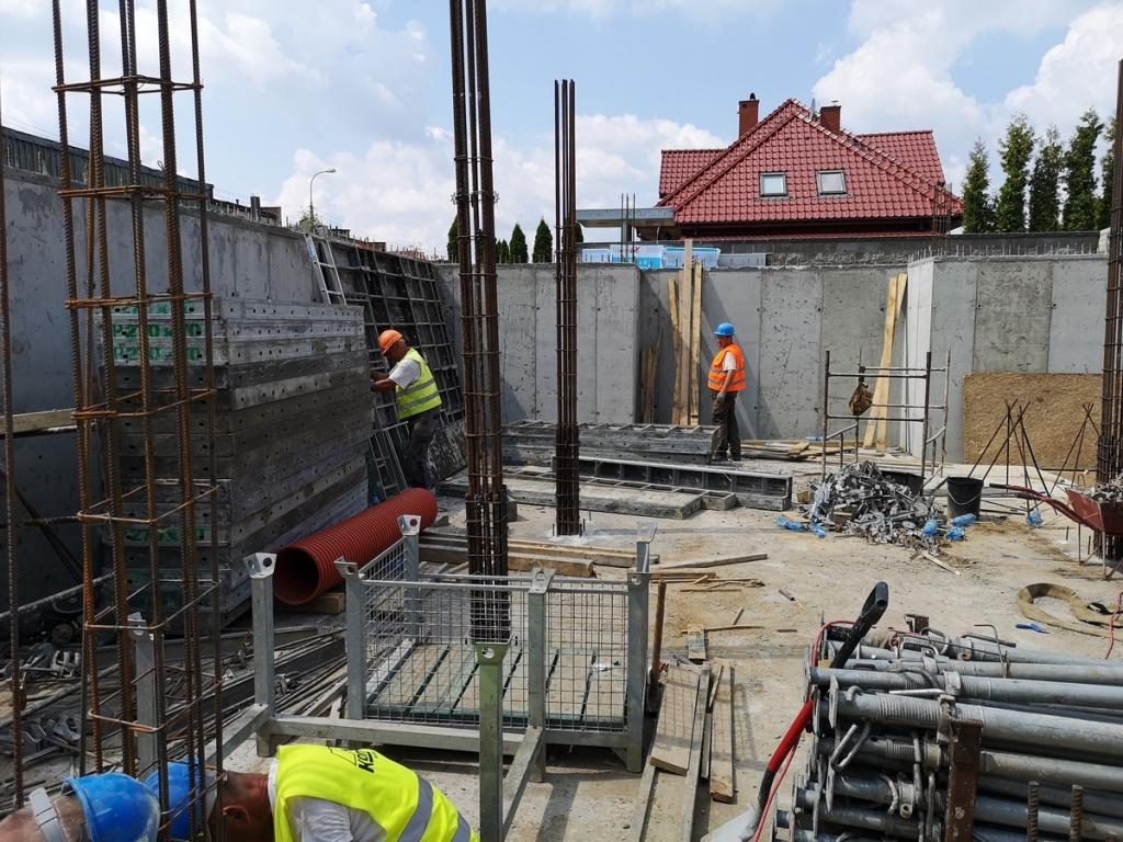 2019 07 26 Ściany podziemia gotowe