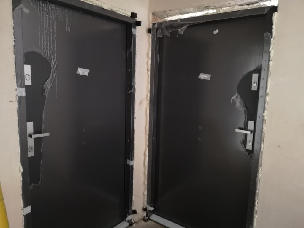 2020 06 15 drzwi wejściowe do mieszkań
